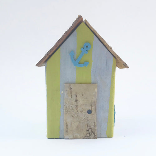 Wooden Beach Hut Ornament