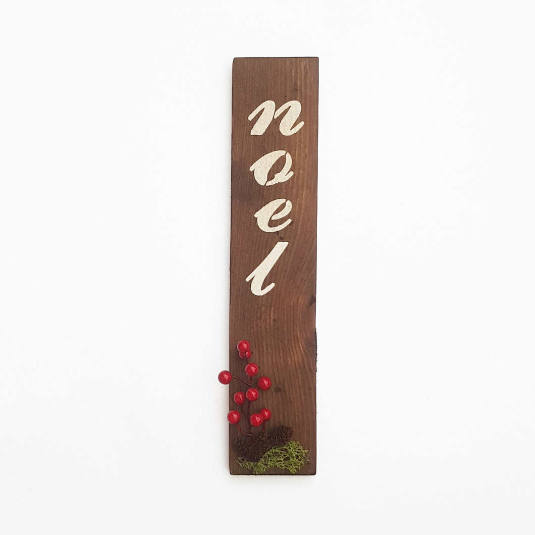Wooden Christmas Sign Wall Decor