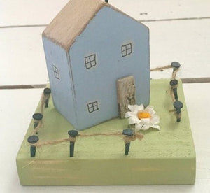 Miniature House Wooden Ornaments House Decorations