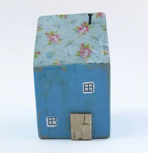 Primitive Wood Cottage House Blue Ornaments Small Wooden Gifts