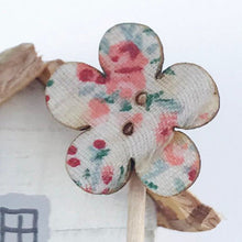 Load image into Gallery viewer, Mini Decorative Wooden House with Floral Tree Miniature Ornaments