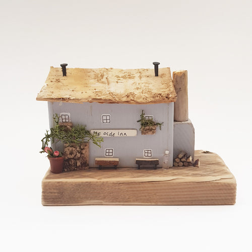 English Pub Wooden Diorama Wood Gifts