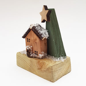 Tiny Wood Log Cabin Christmas Decoration Rustic Christmas Ornaments Wooden Christmas Decor Christmas Scene Rustic Holiday Decor Wood Decor