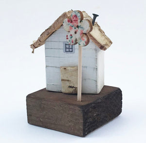 Mini Decorative Wooden House with Floral Tree Miniature Ornaments