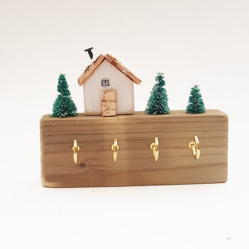 Wood House Winter Scene Key Holder for Wall