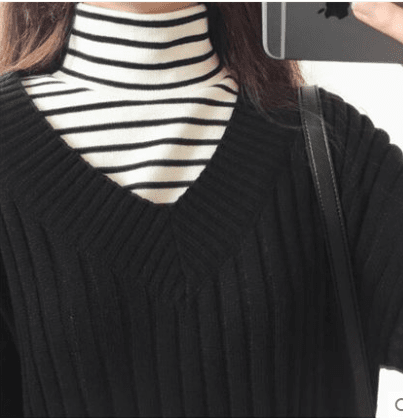 Loose striped long-sleeved high collar Tees