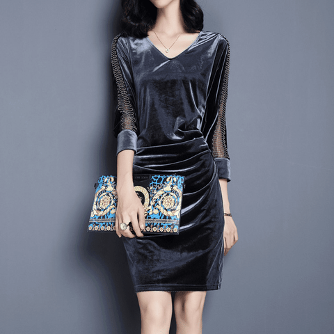 Velvet stitching in a long V-neck waist pocket hip dress - shine