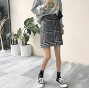 Fashion Korean version of the vintage woolen lattice a skirt