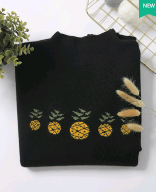 Large size women's pineapple sweater