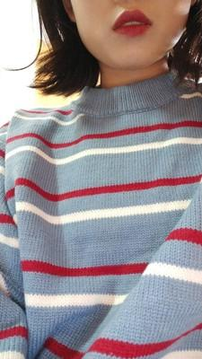Round neck striped knit sweater