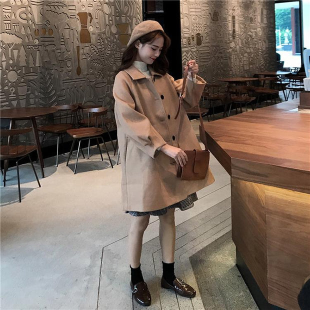Loose fit wool coat