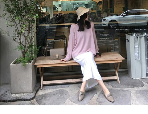 Early autumn loose bottom v neck sweater - shine