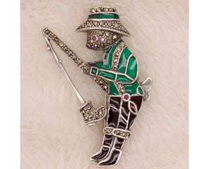 925 Sterling Silver Enamelled Ruby Marcasite Rabbit Fisherman Brooch BR29