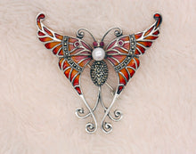 Load image into Gallery viewer, Sterling Silver Enamelled Freshwater Pearl Brooch Butterfly Pendant BR34
