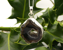 Load image into Gallery viewer, BJC® Sterling Silver Black Agate Druzy Druzzy Geode Quartz Pendant & Necklace DP29