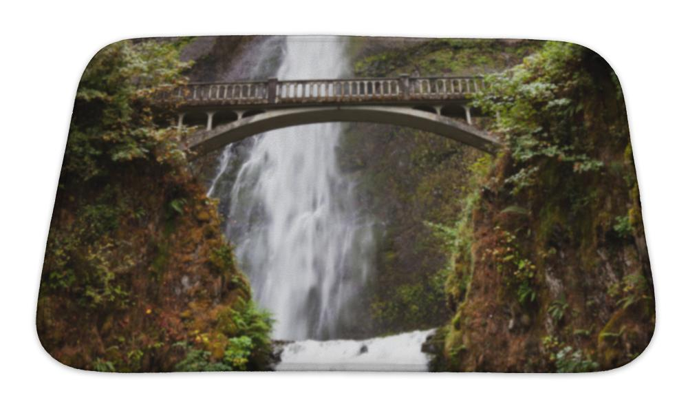 Bath Mat, Waterfall In Oregon - emeralds-gift-palace