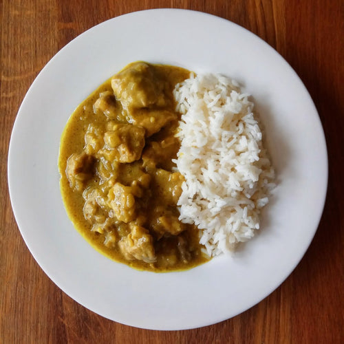 Curry de pollo con arroz