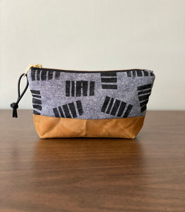 "Pillar 6"" Zipper Canvas Bottom Pouch"