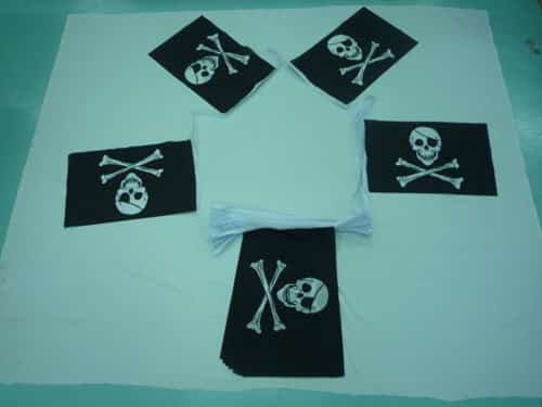 Skull And Crossbones (Pirate) Bunting - 20 metres