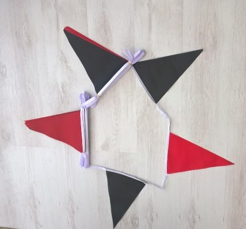 Black/Red Triangle Bunting - 20 metres