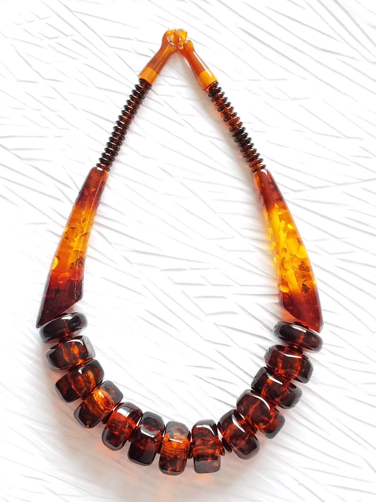 Honey Brown Amber Tortoise Resin Vintage Beads Horn Clasp Beads Statement Necklace Brown Orange Divinite Jewellry