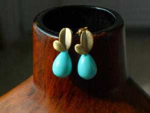 Nest Egg Blue Matte Gold Leaf Post and Shell Pearl Teardrop Dainty Earrings, ELO16922 Lace and Mint