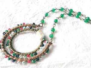 Green, Red, Brown Seed bead Copper Wire Pendant Necklace QW09175: Jaffra Seed Bead & Chain Necklace