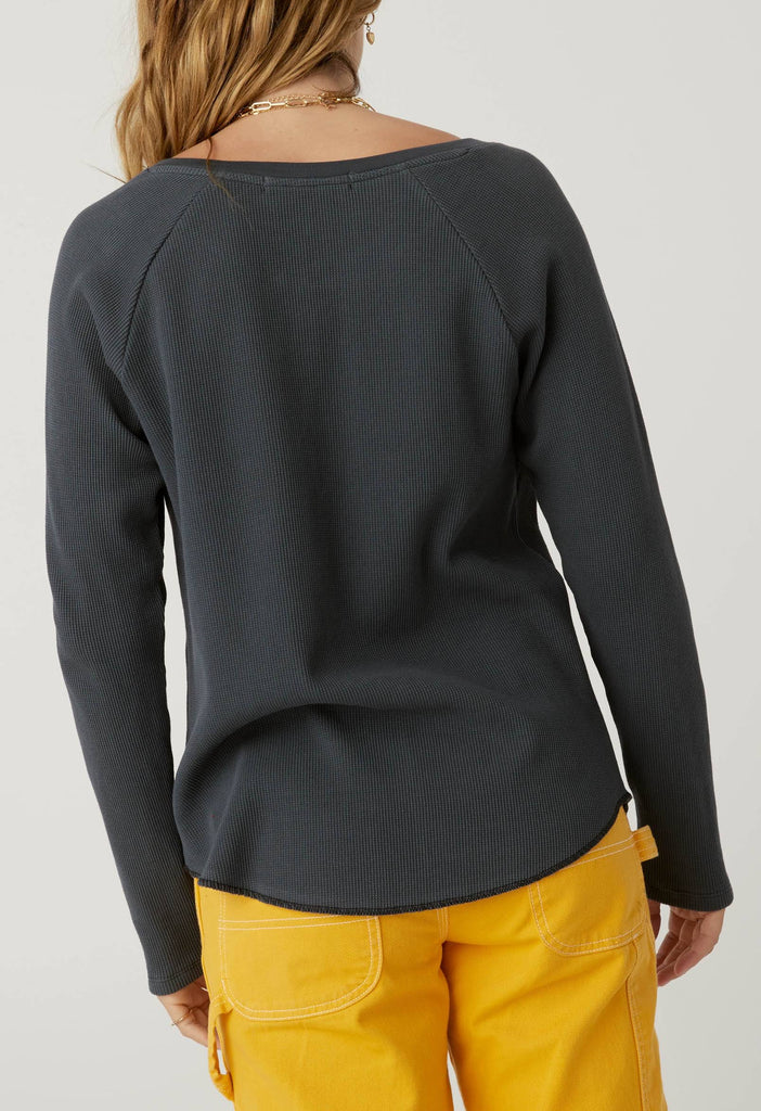 Howl At The Moon Notch Neck Thermal