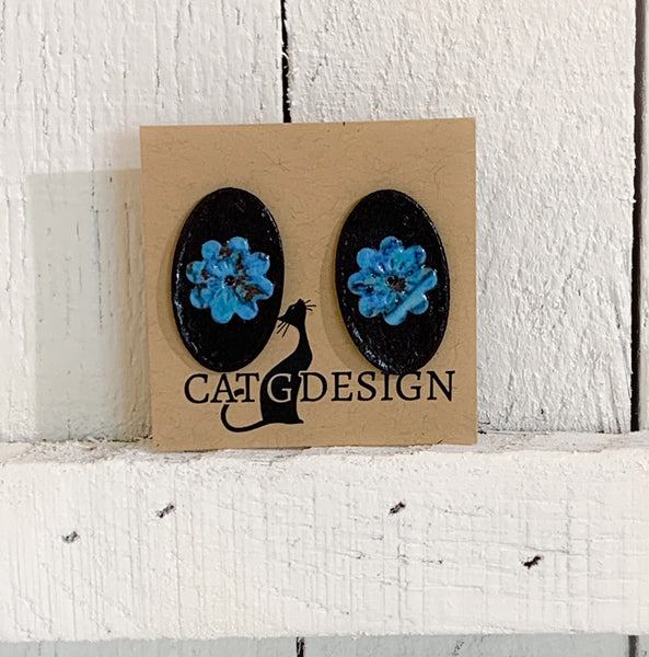 Black and Blue Oval Stud Earrings