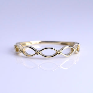 10K Yellow Gold 3mm Open Scalloped Band