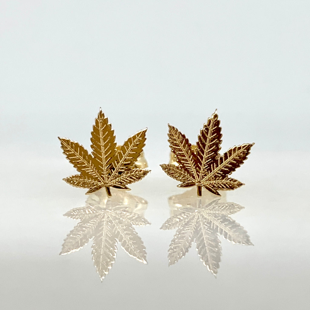 14K Yellow Gold 8mm Cannabis Stud Earrings