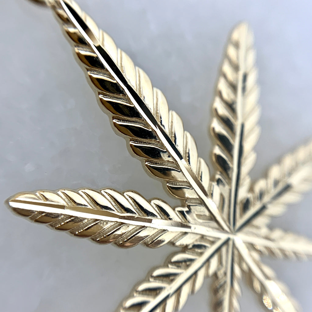 "14K Yellow Gold 1.25"" Cannabis Pendant"