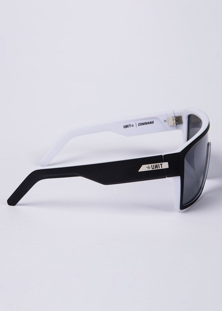 UNIT Sunglasses Command - Black White Polarised
