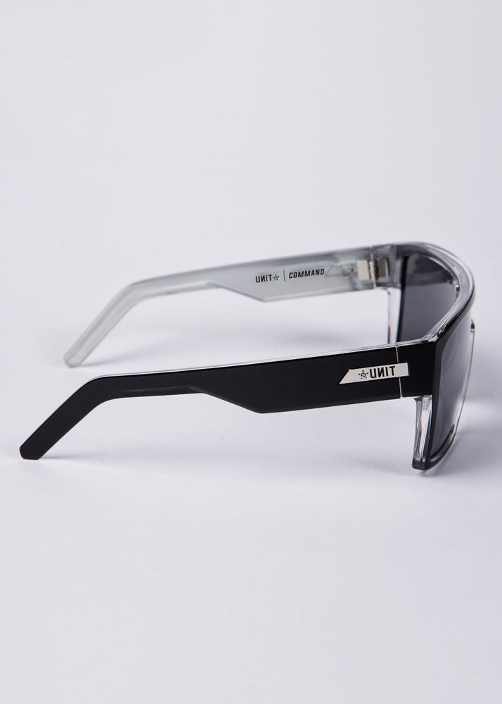 UNIT Sunglasses Command - Black Silver Polarised