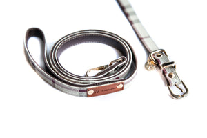 Furberry Check Collar & Leash Set: Burgundy