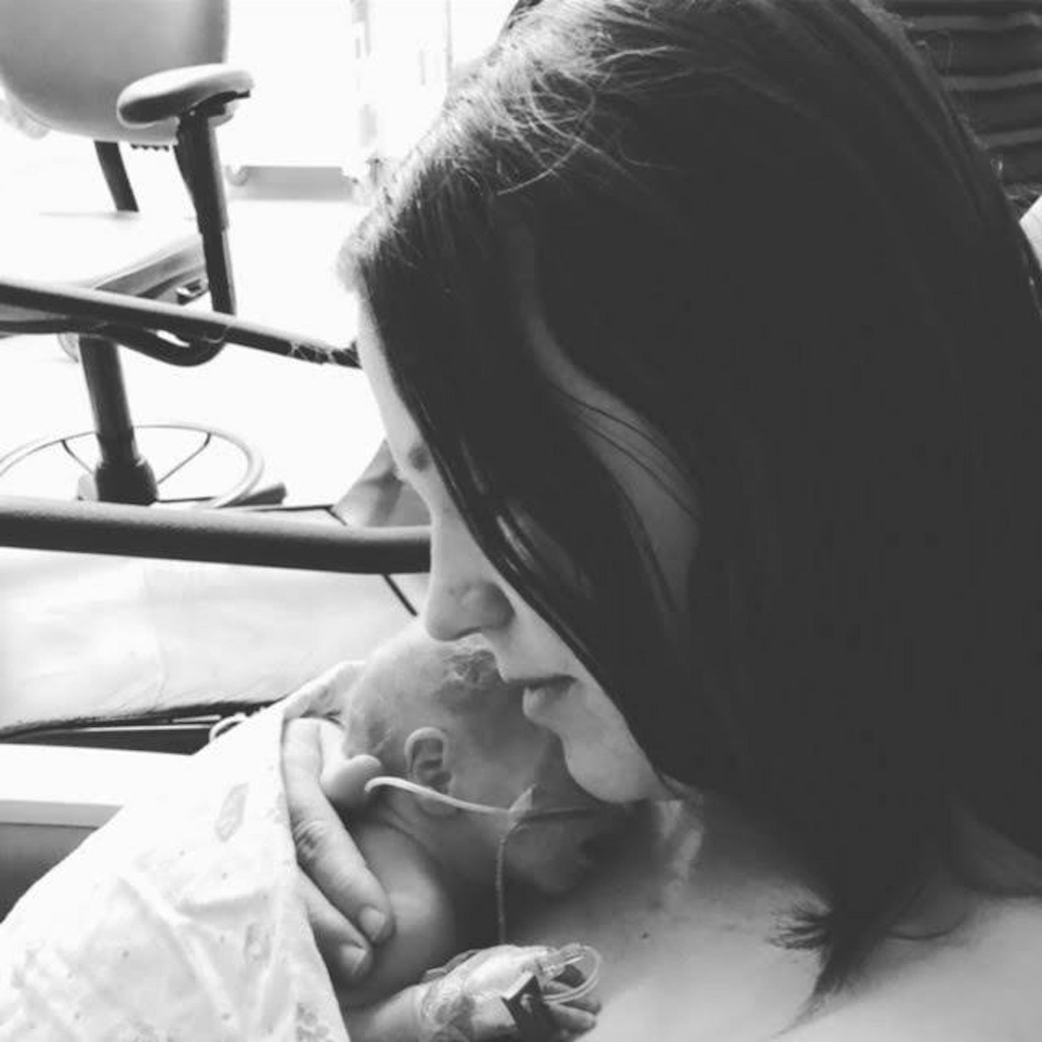 Lexie Walz's Infertility Journey to Twin Girls featured on top US infertility online community, The Slice of Sun