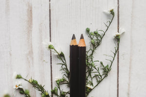 BOTANICAL EYELINER - Pencil - black or brown - all natural - organic ingredients