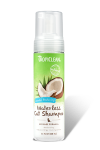 Tropiclean Waterless Dander Reducing Cat Shampoo 7.4oz
