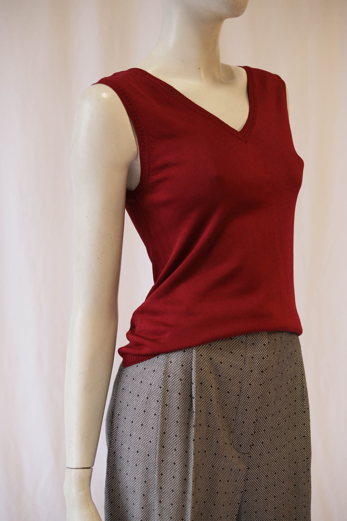Teenflo Cranberry knit top/ Sweater Vest