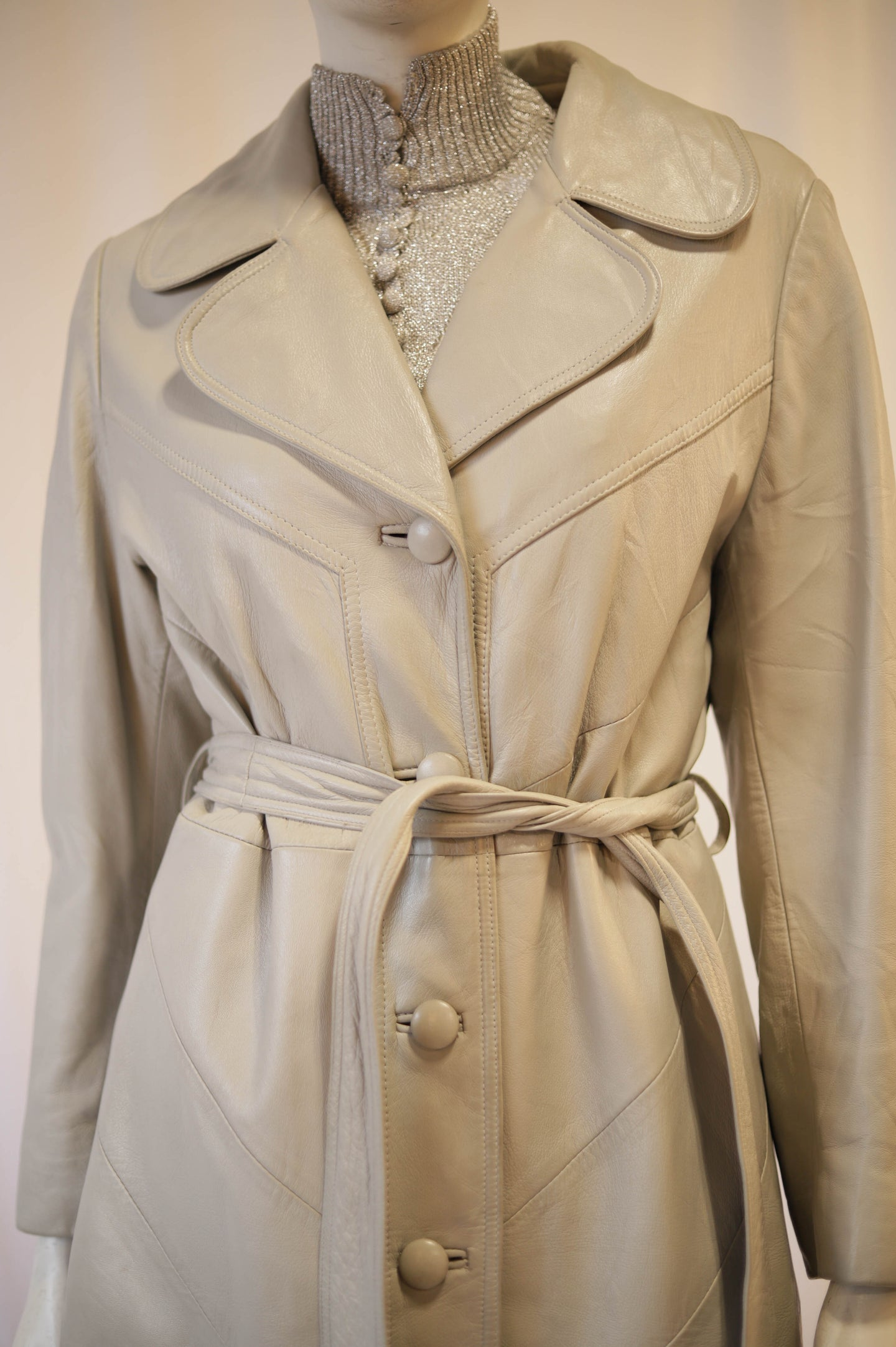 Dove grey 70s leather trench