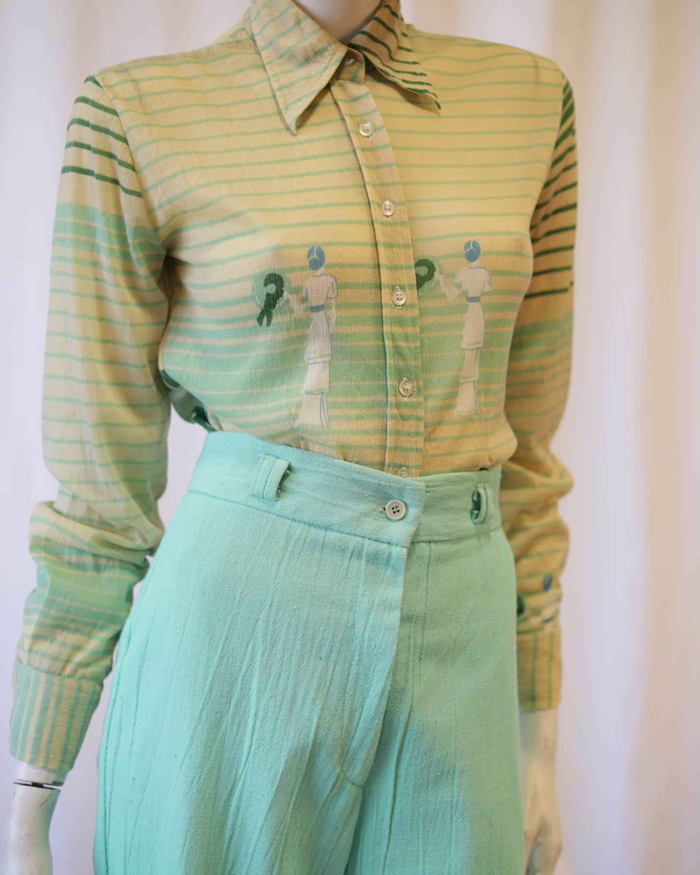 70s seaside lady novelty print poly sheer blouse