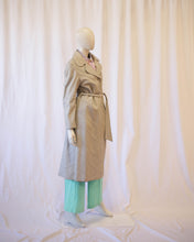 Load image into Gallery viewer, Dove grey 70s leather trench