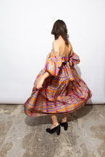 Load image into Gallery viewer, Guy Laroche 70s Silk Gown