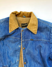 Load image into Gallery viewer, Rare Wrangler fleece lined denim jacket