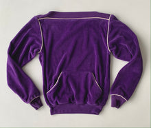 Load image into Gallery viewer, 70s Gap purple velour pullover size small