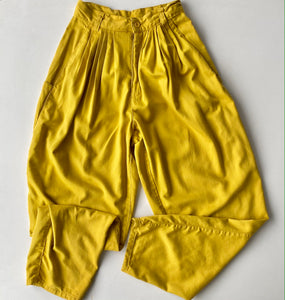 Golden yellow pleated cotton 80s trousers