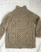 Load image into Gallery viewer, Handknit wool cable cardigan