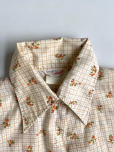 Load image into Gallery viewer, 70s printed button up
