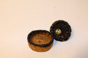Mini Knitted Basket w/ Bell