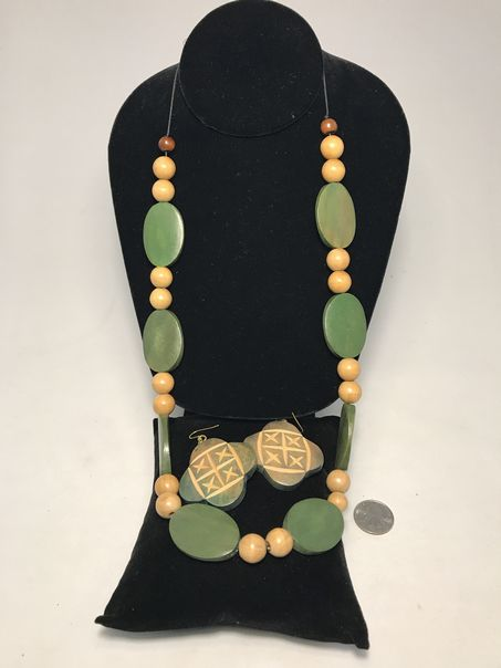 Necklace with earings